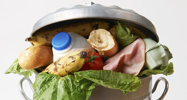 La lotta contro lo spreco alimentare è legge