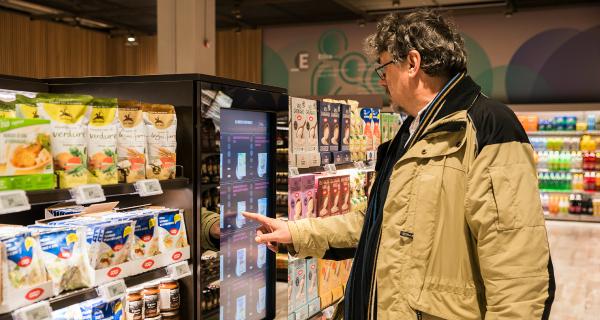 Coop e Accenture aprono a Milano il Supermercato del Futuro