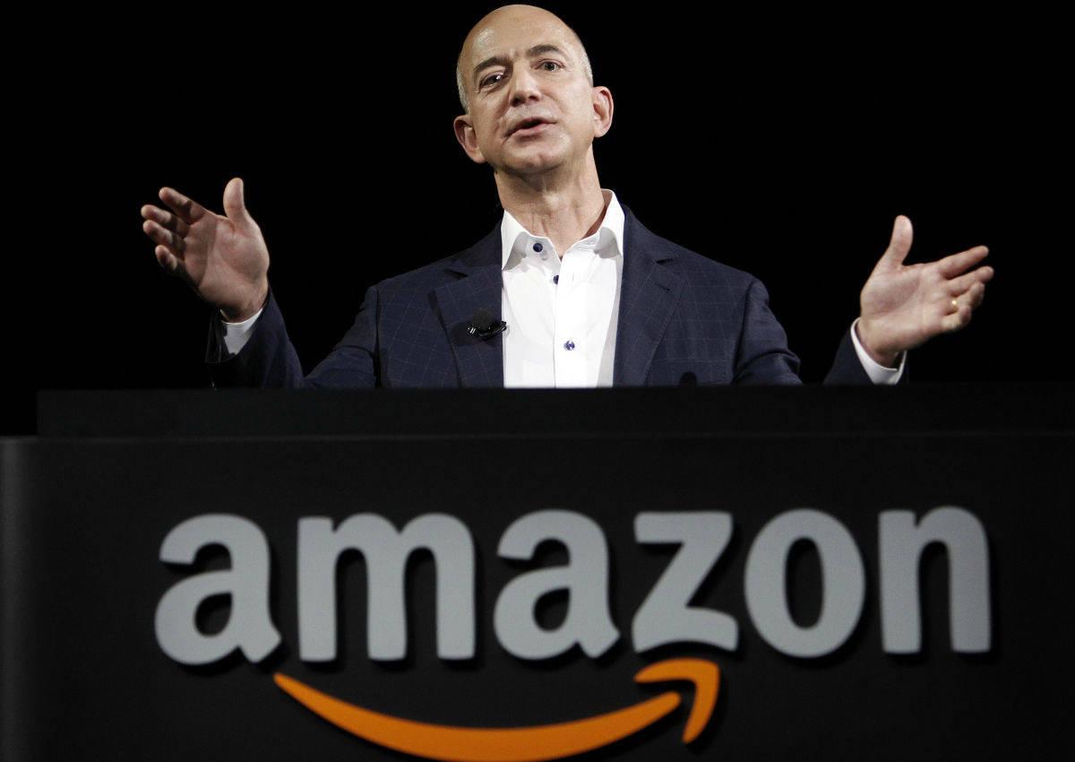 Amazon, nuove idee per battere i retailer fisici